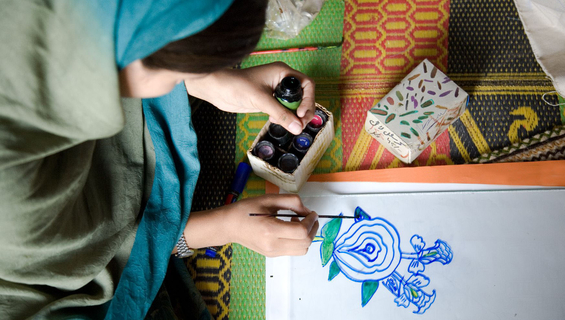 Young girls are taking embroidery classes under a youth programme of UNFPA in a youth-friendly space (for girls) at Challa Bandi, AJK (Azad Jamu Kashmir).